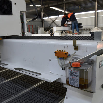 lubrication system on cnc router machine