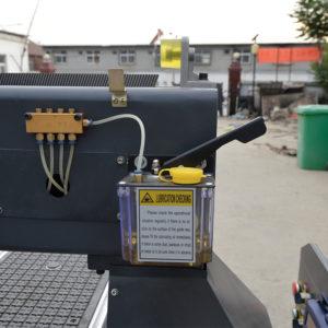 Auto lubrication system