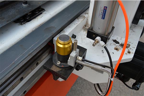 Auto tool sensor of CNC wood router machine