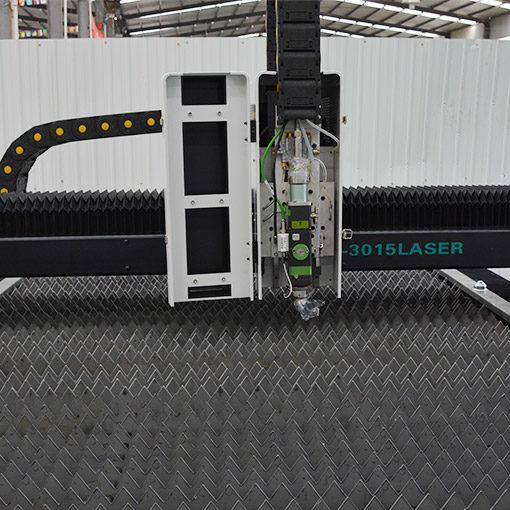 Best cheap CNC Fiber Laser Cutting Machine for sale