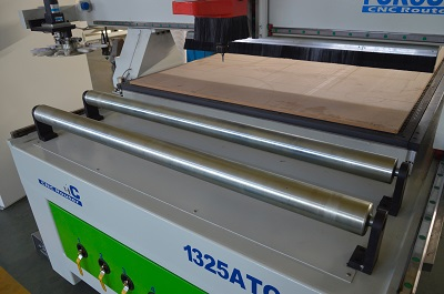 Roller For Loading Panels of 1325 ATC CNC wood router machine