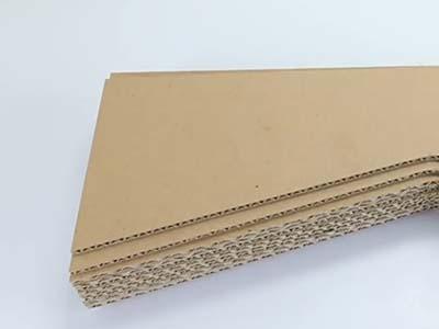 cardboard cutting of CNC router machine