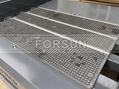 Vacuum T-slot table of CNC wood router machine