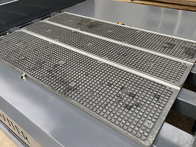 Vacuum+T-slot table
