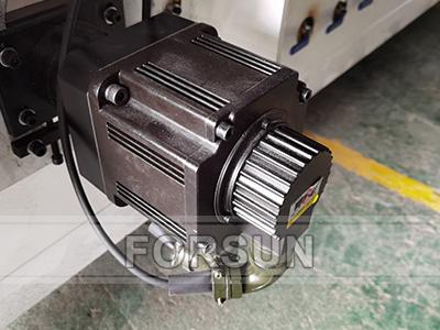 YASKAWA Servo motor of cnc wood router mahine