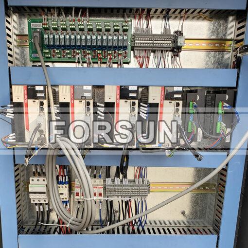 CNC Wood router machine YAKO Servo driver